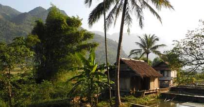 Le village Mai Châu, Viêtnam, par Franzfoto