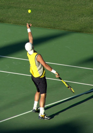 Un jouer de tennis
