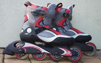 Une paire de patins roller